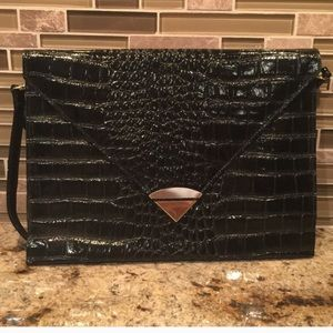 Handbags - Repost of Vintage Bag from previous purchase